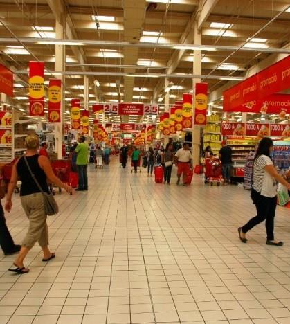 Los comercios podrán abrir durante diez domingos y festivos en 2014.