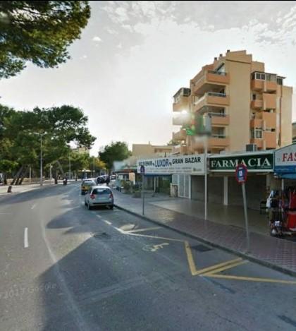 Una de las farmacias del municipio ubicada en Palmanova