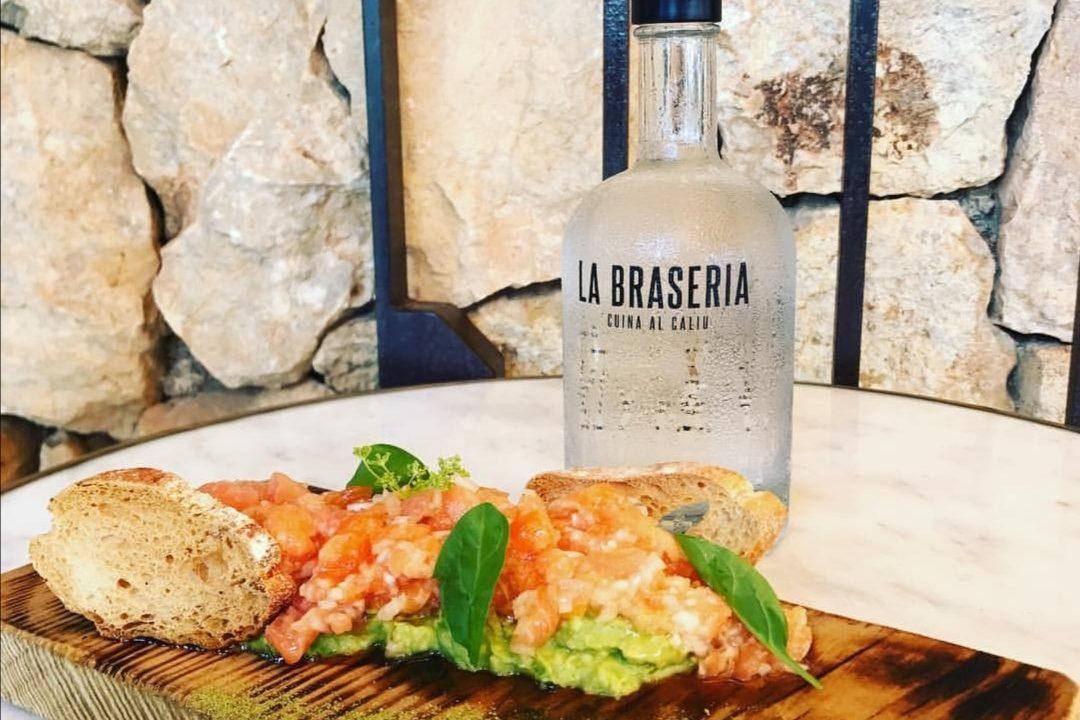 Botella Happy Agua, Restaurante La Braseria